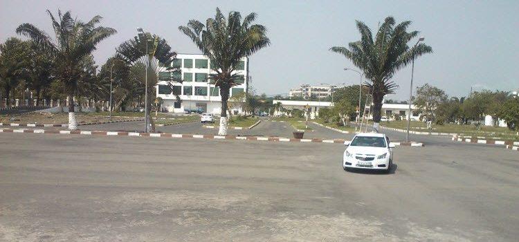 Đào tạo lái xe số sàn số tự động khu vực thanh xuân .