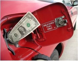Cách lái xe ô tô tiết kiệm xăng