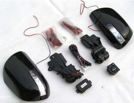 Kính chiếu hậu gập điện sử dụng remote
