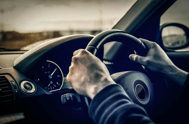 cách xử lý khi xe ô tô bị mất phanh